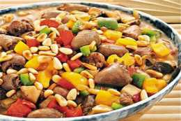 美食推薦:松子雞心,魚香粉皮,紅棗香菇燉排骨,乾煸土豆條